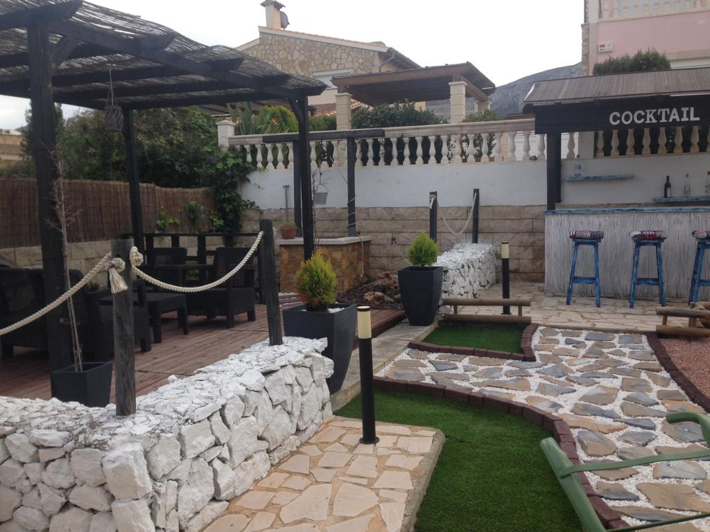 offshore mallorca haus in ruhiger villengegend colonia. Black Bedroom Furniture Sets. Home Design Ideas